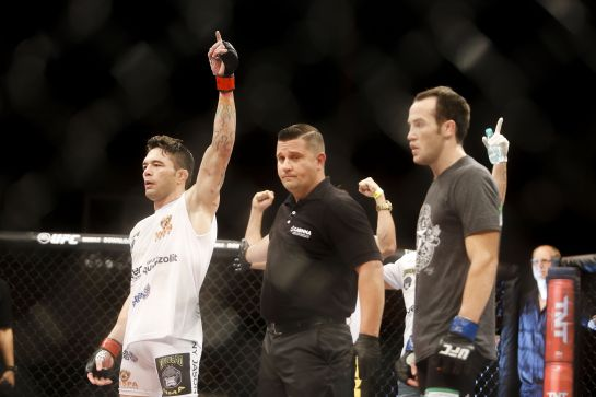 Rony Jason venceu em seu retorno ao Ultimate, após um ano sem lutar. Foto: UFC/Divulgação