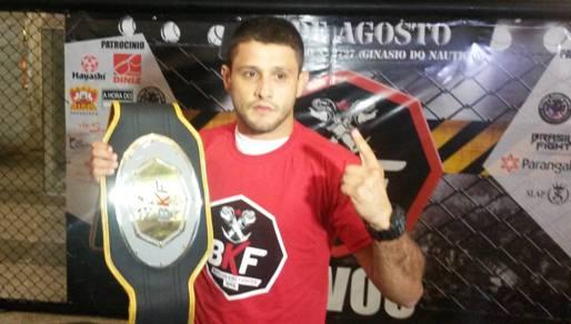 Andrezinho conquistou o cinturão na 4ª edição do BKF. Foto: Bruno Balacó/O POVO