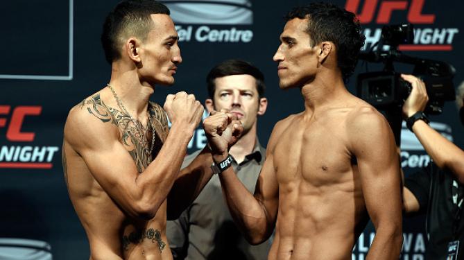 Encarada da luta principal da noite. Foto: UFC/Divulgação