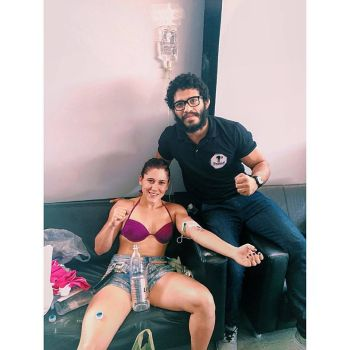 Ilara recuperando o peso ao lado do mestre Abraão Amorim | Foto; reprodução