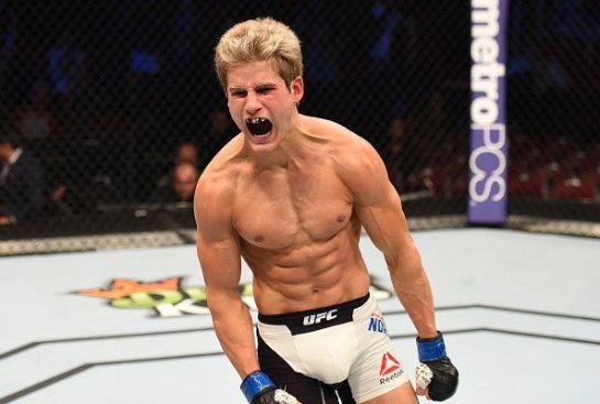 Sage Northcutt comemora nocaute no UFC 192 | Foto: UFC/Divulgação