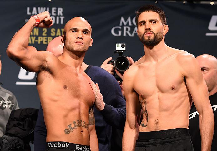 Lawler (e) e Condit fazem a luta principal. Foto: UFC/Divulgação
