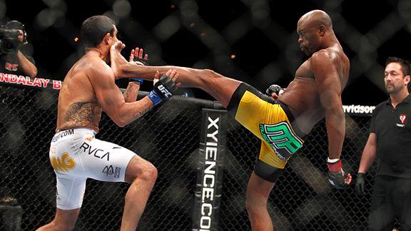 Nocaute sobre Belfort, um dos mais notáveis de Anderson Silva. Foto: UFC/Divulgação