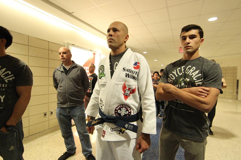 Royce Gracie volta a lutar hoje. Foto: Bellator/Divulgação