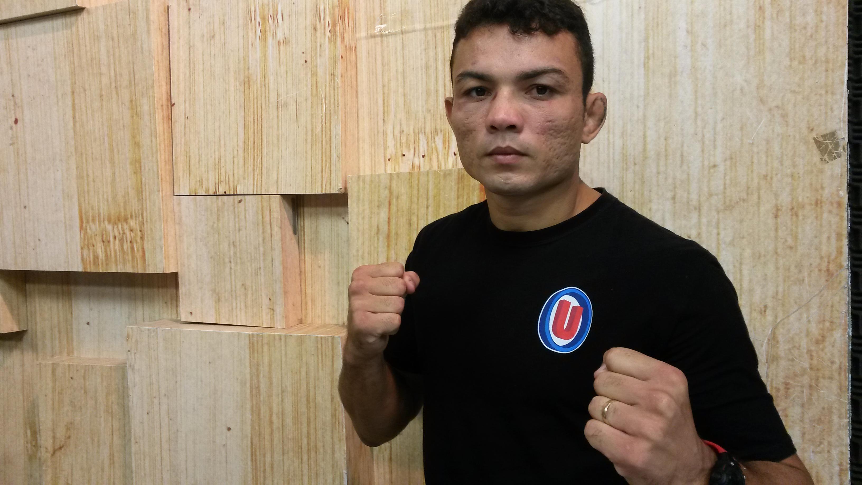 Jamil tem 30 anos e é atleta da Dragon Fight\Nova União. Foto: Bruno Balacó\O POVO