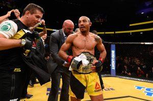 Aldo de volta com o cinturão, mesmo que interinamente. Foto: UFC/Divulgação