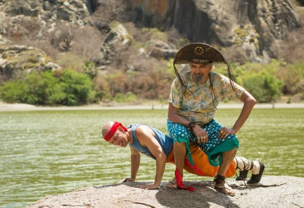Falcão e Edmilson Filho em divertida cena, no sertão de Quixadá.
