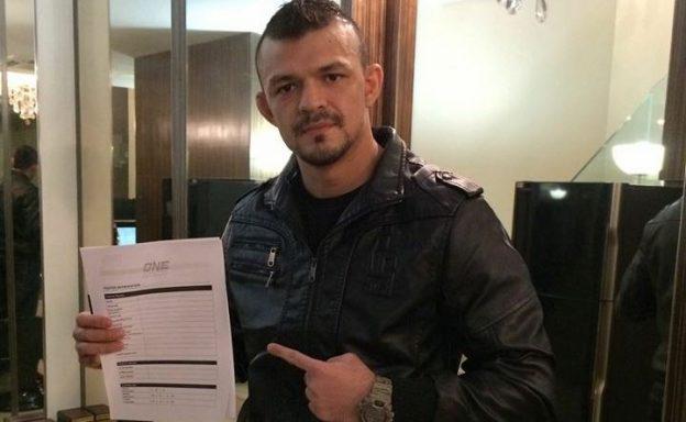 Naja vai lutar no maior evento de MMA da Ásia, no One Championship. Foto: Arquivo Pessoal do Lutador