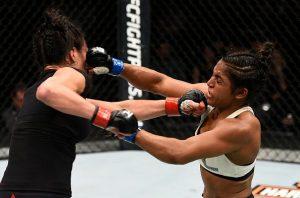Duelo equilibradíssimo do começo ao fim. Foto: UFC/Divulgação