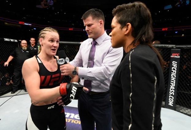 Shevchenko e Amanda ficaram frente a frente em Denver. Foto: UFC\Divulgação