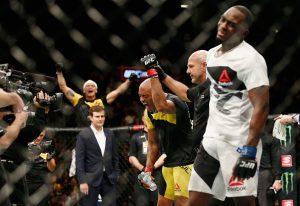 Anderson celebrou bastante a vitória. Foto: Site oficial do UFC