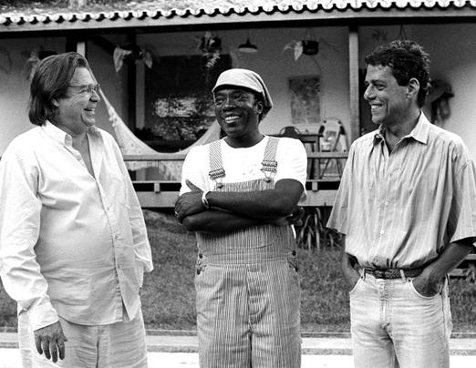 07-Tom-Jobim-Milton-Nascimento-e-Chico-Buarque-1990.-Foto-CRIST