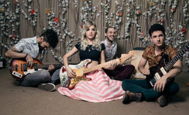 A banda Marieta é uma das atrações do PontoCE