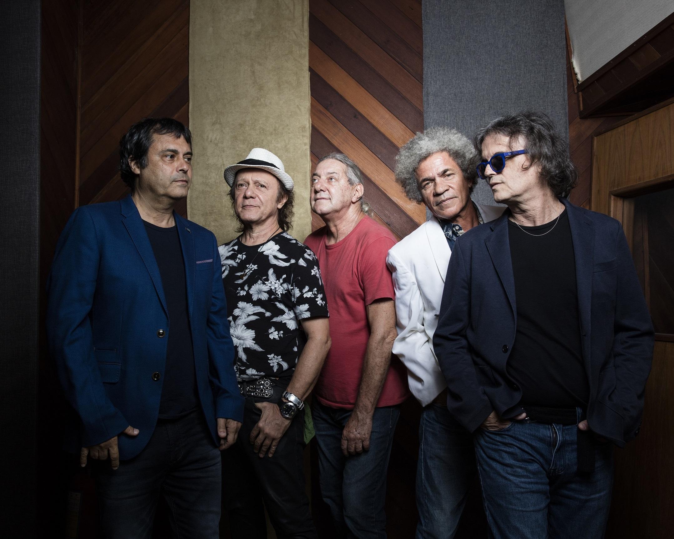 A Cor do Som celebra 40 anos no Cineteatro São Luiz - Discografia 8d4c9f6d0c