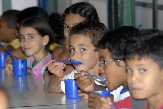 Por não ter cumprido as exigências do Governo Federal, o Ceará perdeu recursos que deveriam ser repassados para compra de merenda escolar. Foto:Antônio Cruz/Agência Brasil