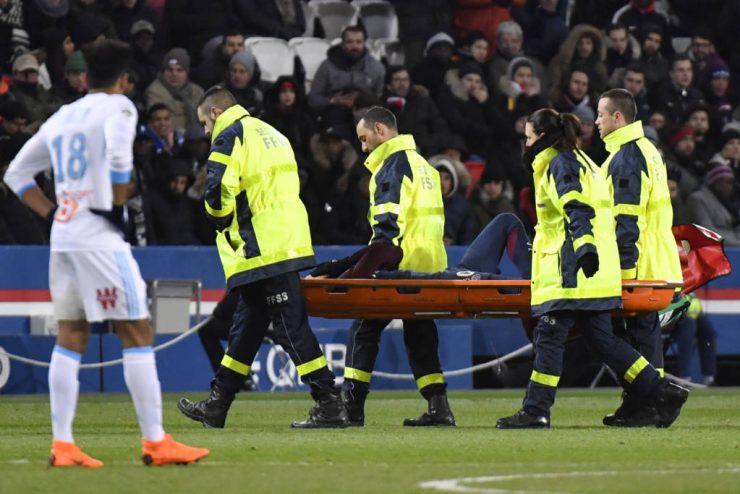 Neymar vai estar ausente entre dois meses e meio e três meses