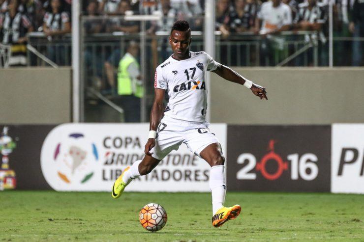 Galo libera atacante para acertar com Ceará