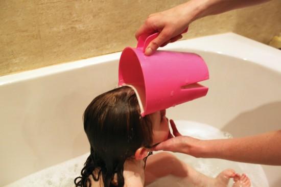 clevarinseshampoo_rinsecup