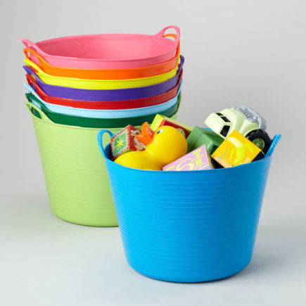 Mais baldes coloridos e lindos