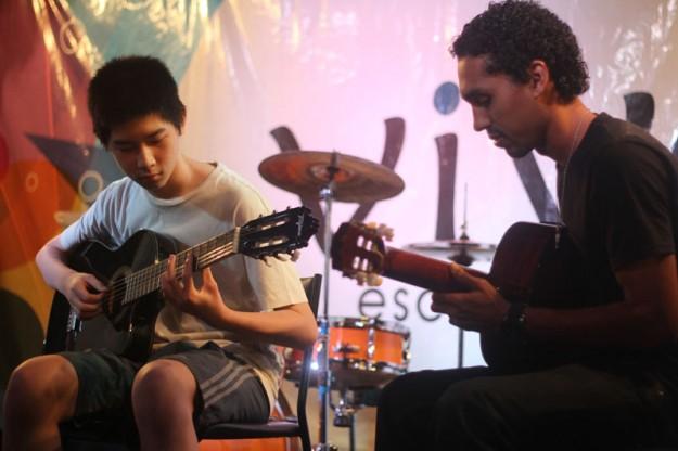 VIVA violão
