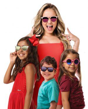 A Ferrovia Eyewear lança promoção para o Dia das Crianças. Durante todo o  mês de outubro, os papais poderão presentear os pequenos com óculos  exclusivos da ... 3e77a82c0f