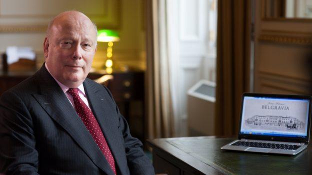 O autor do livro, Julian Fellowes