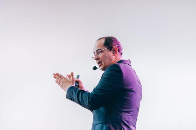 Paulo Vieira, autor