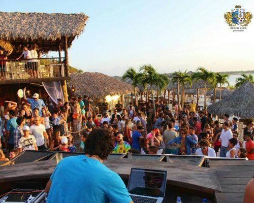 Lagoa do Paraíso- Alchymist Beach Club / Foto: Olivardo Vasconcellos