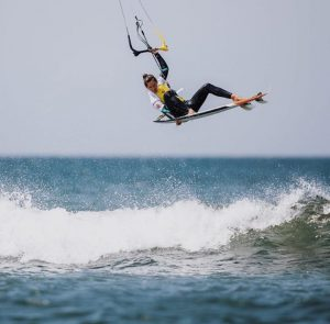 Atleta Mona Whyte - 3x campeã mundial de kitesurf