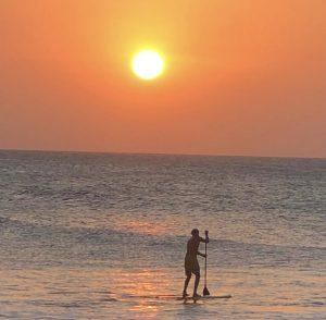 Fim e tarde na enseada da praia de Jericoacoara (Foto: Mochila Radical).