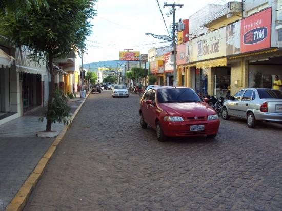 Rua principal de Barbalha, pode onde Lampião e seu bando passaram em 1926, em direção a Juazeiro, onde ele receberia a patente de capitão