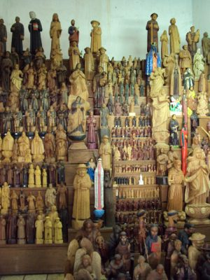 Arte sacra no Centro Mestre Noza, em Juazeiro do Norte