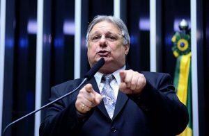 Líder do DEM no Ceará, Moroni Torgan tem três indicações no governo RC (Foto: Divulgação/Câmara dos Deputados)