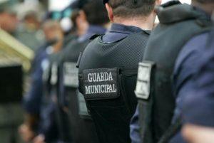Guardas seriam treinados para combater assaltos em ônibus
