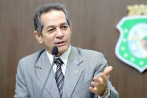 Deputado é contra Lei do Farol (Foto: Divulgação / AL-CE)