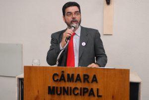 Com a decisão, presença do candidato fica a cargo das emissoras de TV (Foto: Divulgação/CMFor)