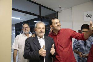 Lula participou da convenção que homologou candidatura de Luizianne (Foto: Tatiana Fortes)