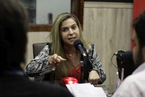 Luizianne critica armamento da Guarda Municipal (Foto: Aurélio Alves/ESPECIAL O POVO)