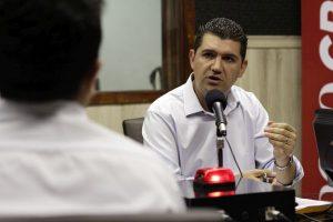 Ronaldo Martins participa de sabatina (Foto: Aurélio Alves/Especial para O POVO)