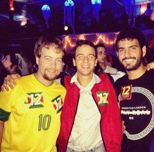 Foto de Célio circulou nas redes sociais e causou polêmica (Foto: Reprodução)