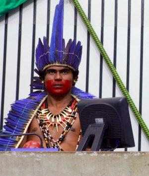 O advogado Weibe Tapeba é um dos vereadores indígenas eleitos no Ceará (Foto: Divulgação/AL-CE)