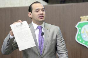 Deputado apresentou requerimento propondo a criação do grupo (Foto: Divulgação/AL-CE)