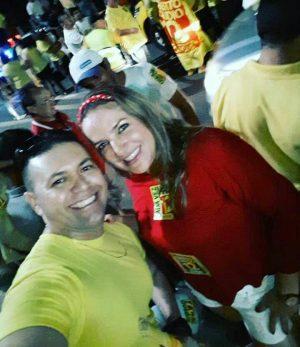 Sósia de Luizianne participa de evento de campanha de RC (Foto: Divulgação)