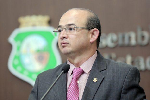 Sérgio Aguiar foi derrotado na eleição para a presidência da AL-CE.