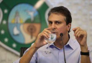 Decreto do governador suspendeu repasses estaduais para festas de Carnaval (Foto: Fábio Lima/O POVO)
