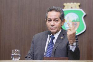 Heitor admite que Danilo Forte tentou aproximação de Camilo (Foto: Divulgação)