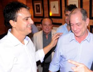 Camilo concederá Medalha da Abolição para Ciro Gomes, um de seus padrinhos políticos (Foto: Camila de Almeida/O POVO)