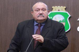 Fernando Hugo exaltou conflito em Jaguaruana e lamentou número reduzido de vítimas fatais (Foto: Divulgação/AL)