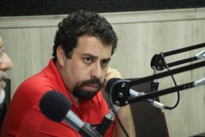 Coordenador do MTST, Boulos prevê grande adesão a paralisações marcadas para 28 de abril (Foto: Mauri Melo/O POVO)
