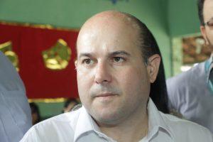 Prefeito negou qualquer intervenção na disputa petista (Foto: Mauri Melo/O POVO)